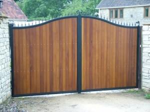 woode gates ascot