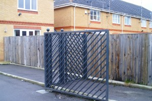 gate servicing sunning hill